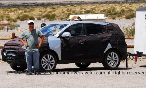 2010 Hyundai Tucson in camo