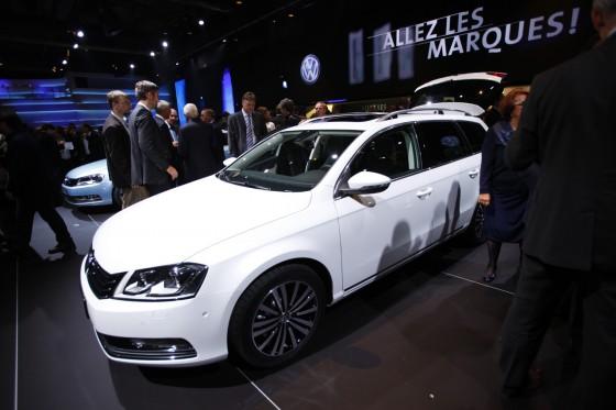 Paris 2010: 2011 Volkswagen Passat
