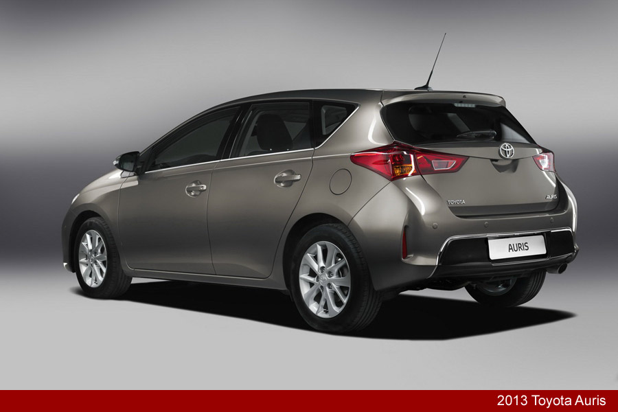2013 toyota auris and auris hybrid unveiled carblog. Black Bedroom Furniture Sets. Home Design Ideas