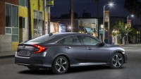 2016-Honda-civic-back